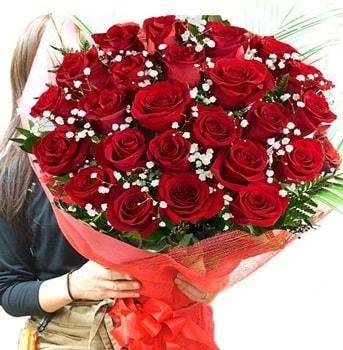 Kız isteme çiçeği buketi 33 adet kırmızı gül  Bitlis çiçek gönderme sitemiz güvenlidir