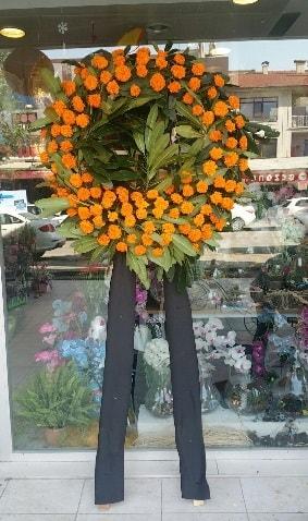 Cenaze çiçeği cenaze çelengi çiçek modeli  Bitlis çiçek gönderme