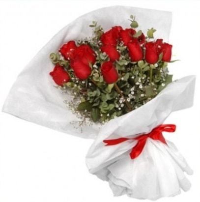 9 adet kırmızı gül buketi  Bitlis çiçekçi mağazası