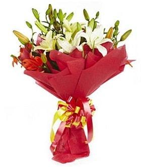5 dal kazanlanka lilyum buketi  Bitlis çiçek gönderme sitemiz güvenlidir