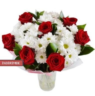 7 kırmızı gül ve 1 demet krizantem  Bitlis çiçek gönderme sitemiz güvenlidir