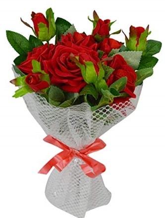 9 adet kırmızı gülden sade şık buket  Bitlis çiçekçi telefonları