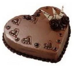 kalpli 6 kişilik çikolatalı yaş pasta